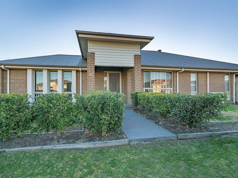 1/7 Fonda Avenue, Rutherford NSW 2320, Image 0