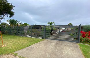 Picture of 24 South Street, Urangan QLD 4655