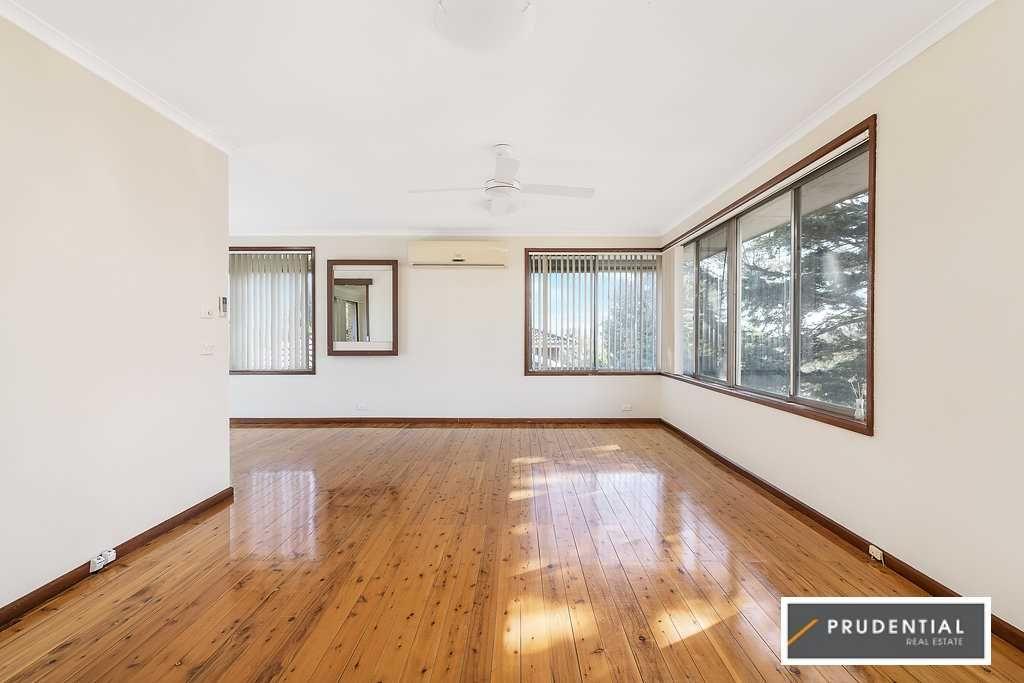 24 Campbellfield Avenue, Bradbury NSW 2560, Image 1
