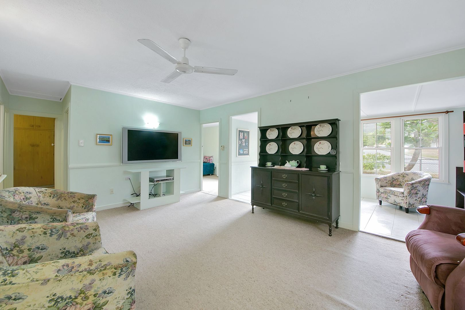 70 Glenbrae Street, The Gap QLD 4061, Image 2
