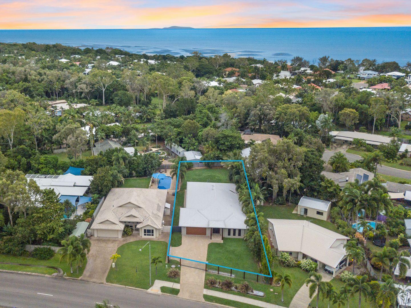 39 Marina Drive, Bushland Beach QLD 4818, Image 1