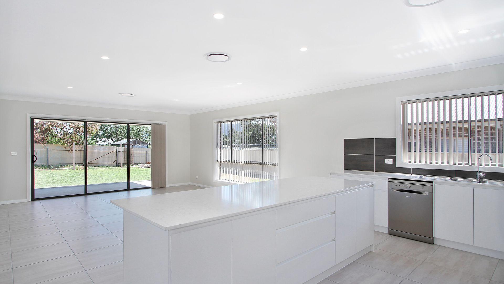 7 Appaloosa Place, Tamworth NSW 2340, Image 1