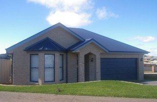 Picture of 5a Gregory Place, Orange NSW 2800
