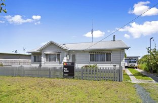 Picture of 58 Roadknight Street, Lakes Entrance VIC 3909