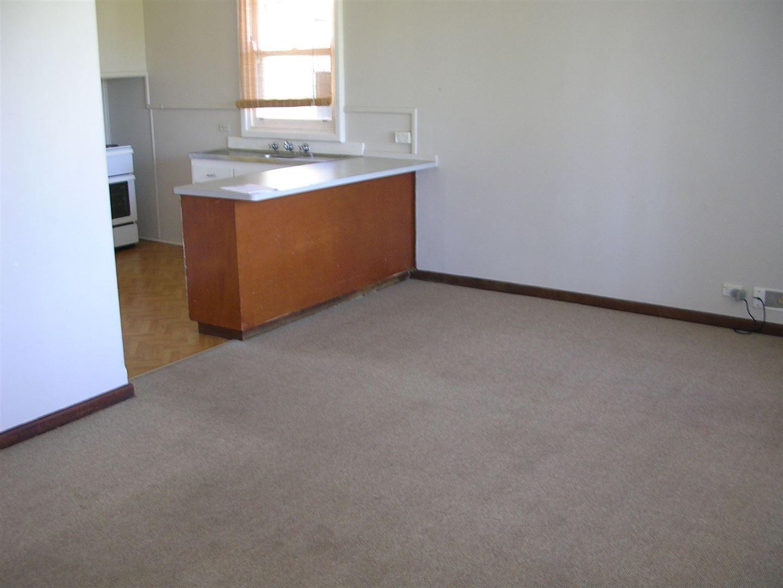 46 Carpenter Terrace, Australind WA 6233, Image 2