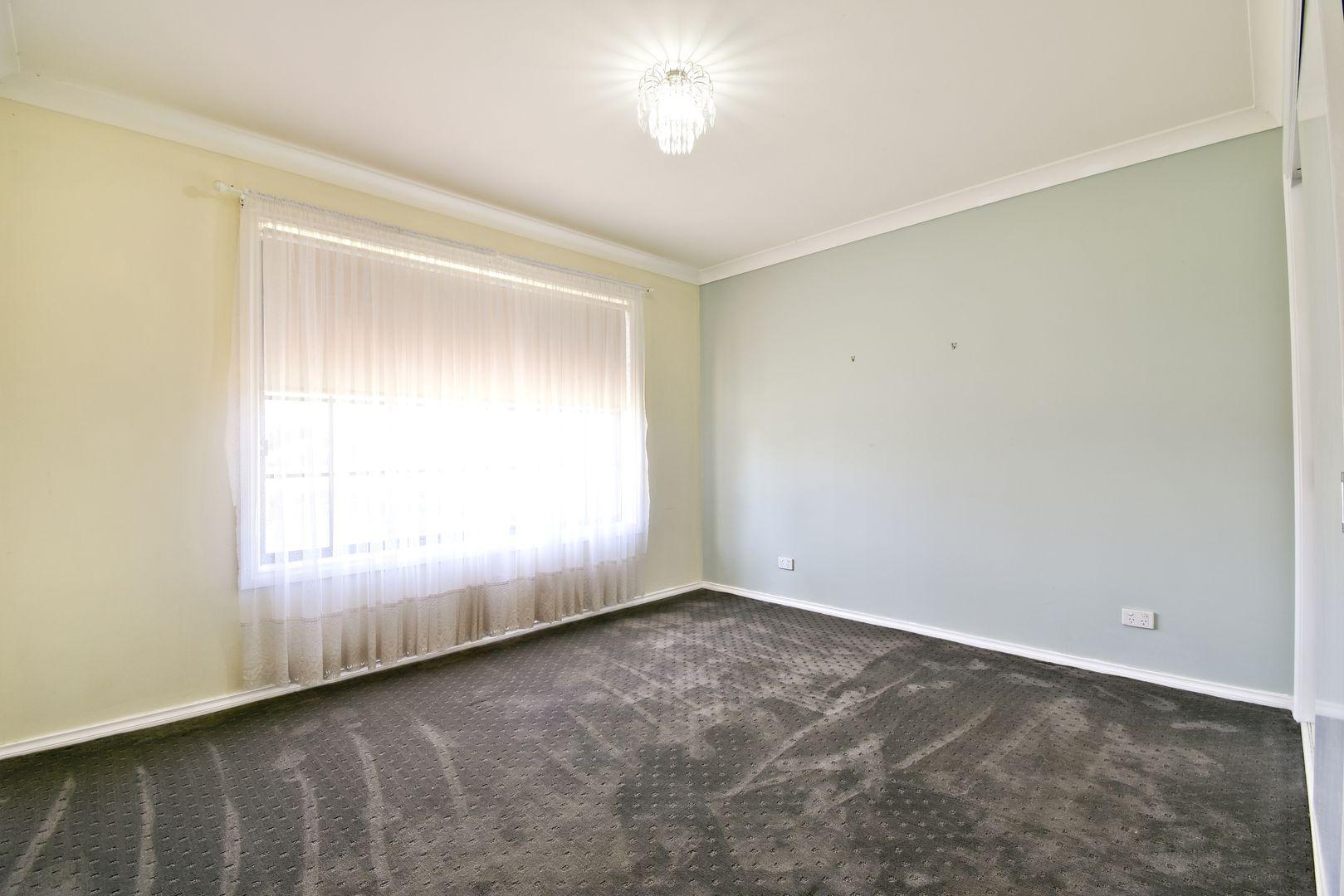 7 Castlereagh Ave, Dubbo NSW 2830, Image 2