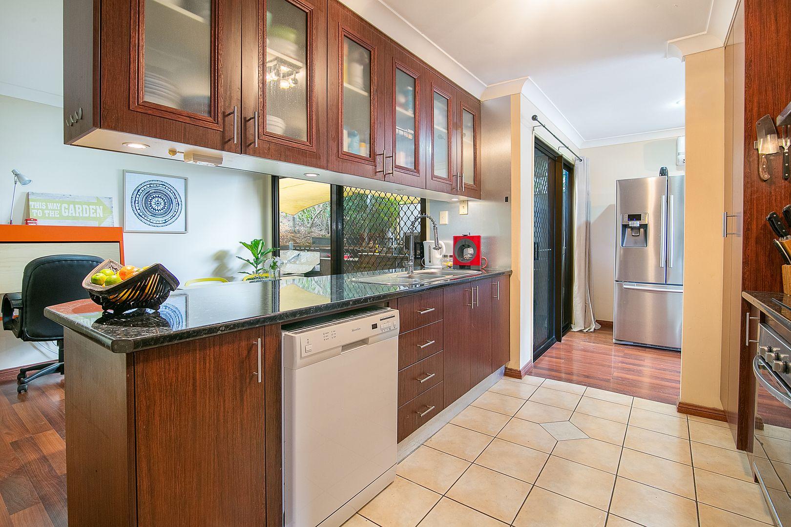 9 Henry Samuel Drive, Redbank Plains QLD 4301, Image 2