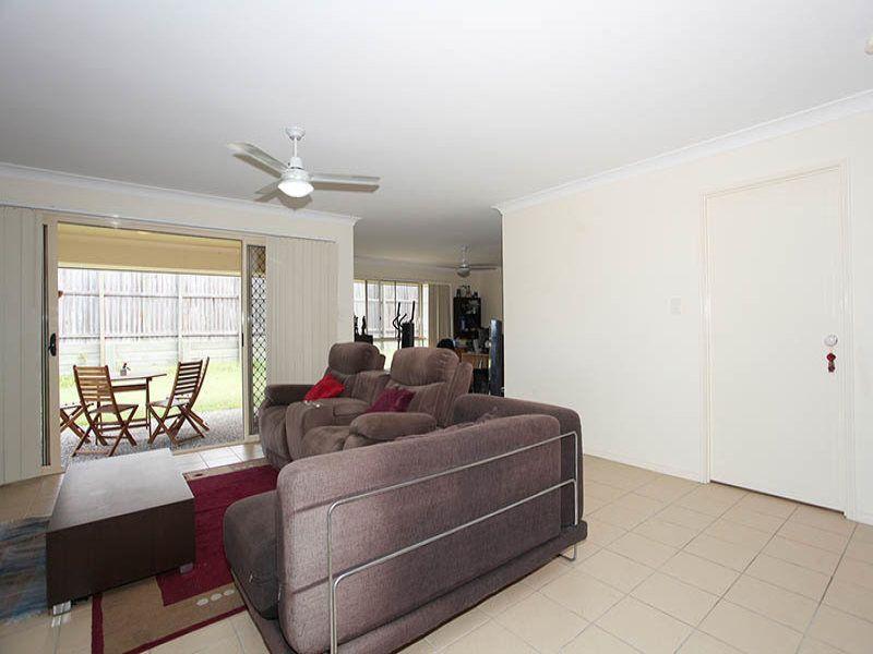 22 Bottlebrush Street, Heathwood QLD 4110, Image 2