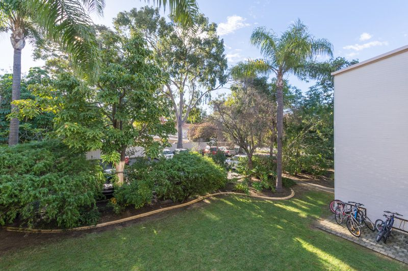 11/159 Fairway, Crawley WA 6009, Image 2