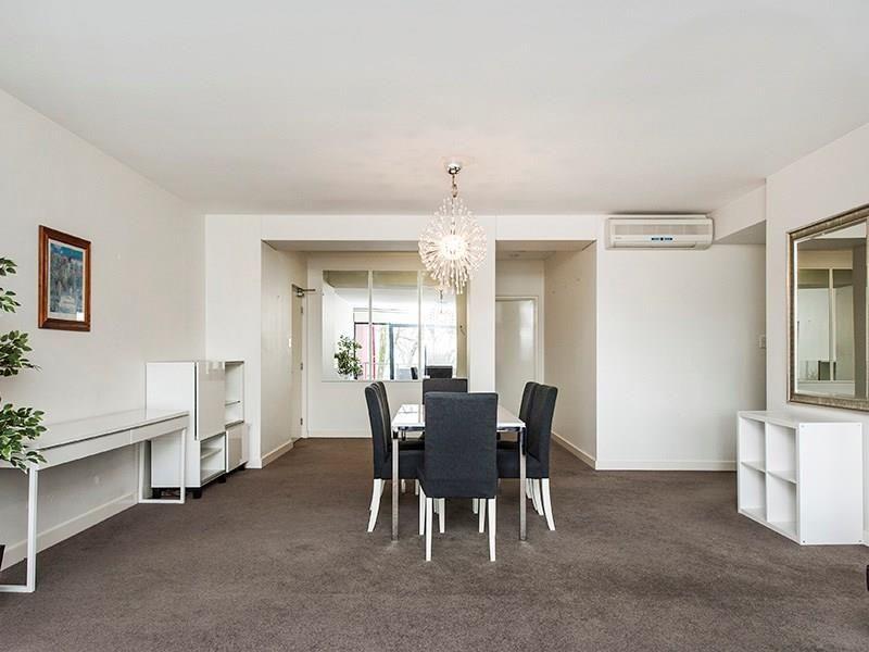 13/124 Mounts bay Road, Perth WA 6000, Image 2