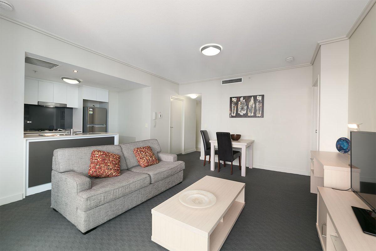 2109/108 Albert Street, Brisbane City QLD 4000, Image 2