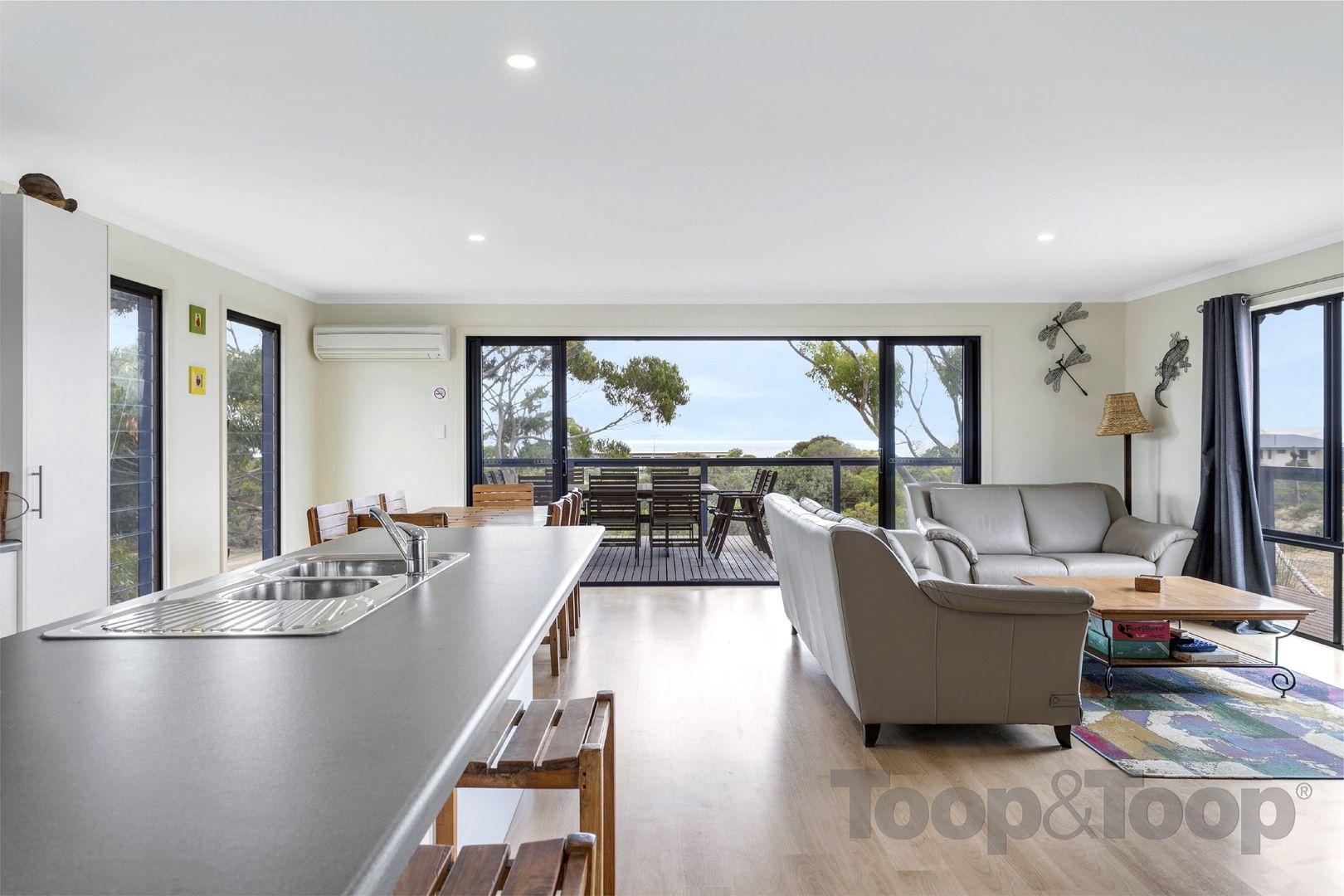 3 Flinders Grove, Island Beach SA 5222, Image 2