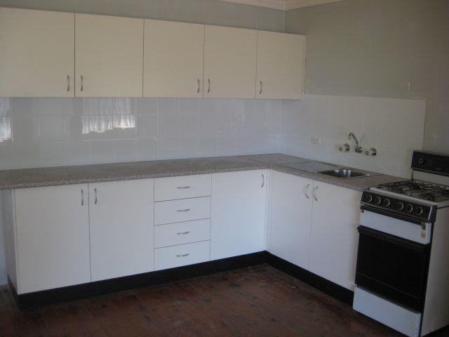 1/27 Lawson Street, East Maitland NSW 2323, Image 2