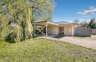 Picture of 1/27 Anslow Street, Woodend VIC 3442