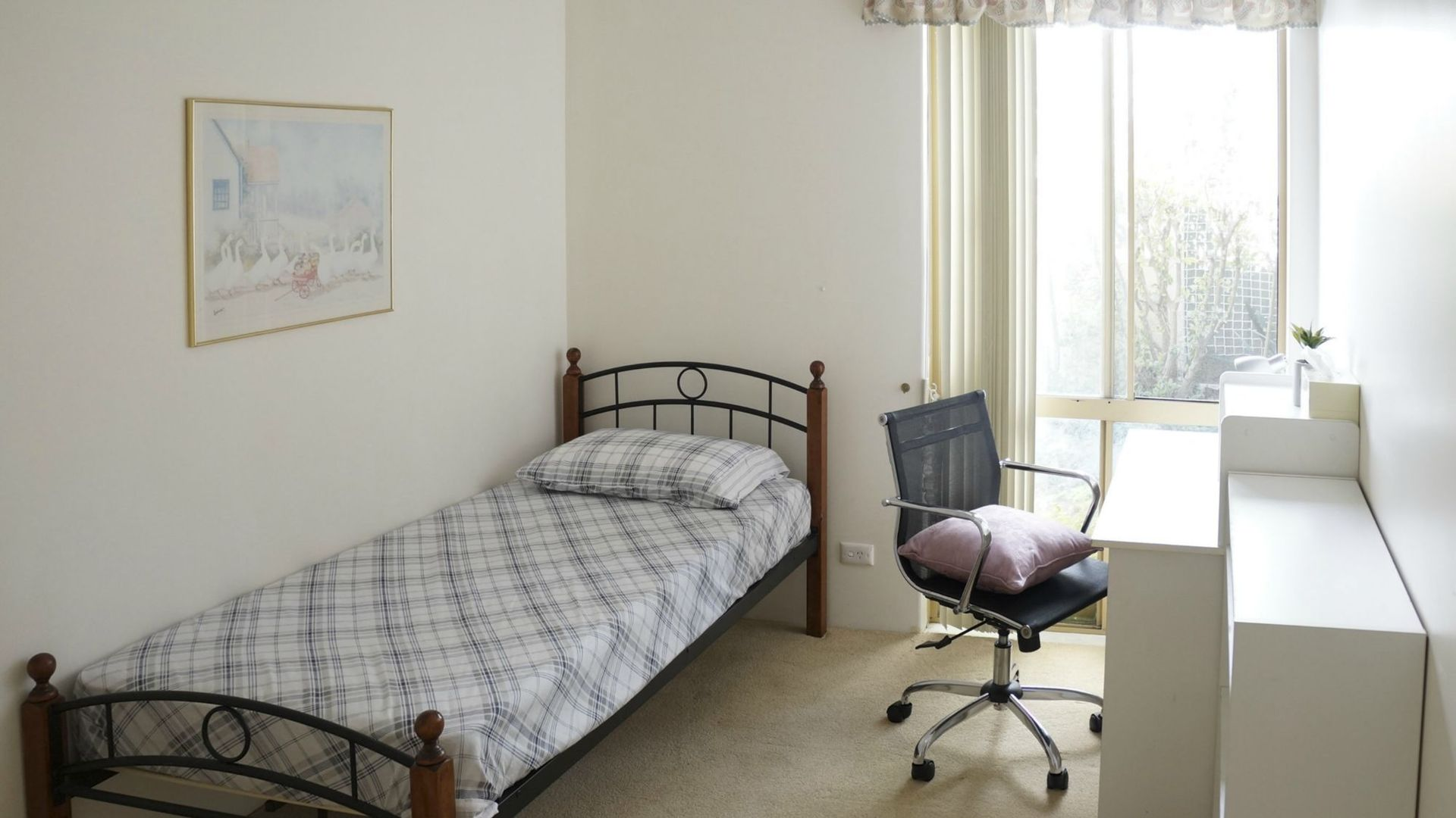 Room 2/3 Battye Road, Kardinya WA 6163, Image 1