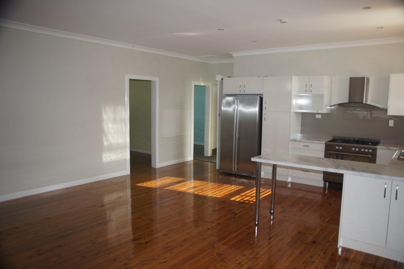 19 Ruswell  Avenue, Warners Bay NSW 2282, Image 2