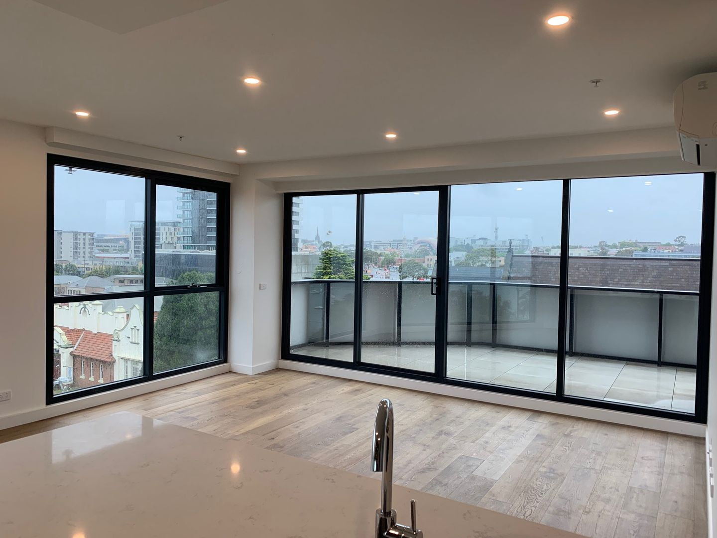 409/18 Apartment 409, Level 4/ 18 Malone  Street, Geelong VIC 3220, Image 0
