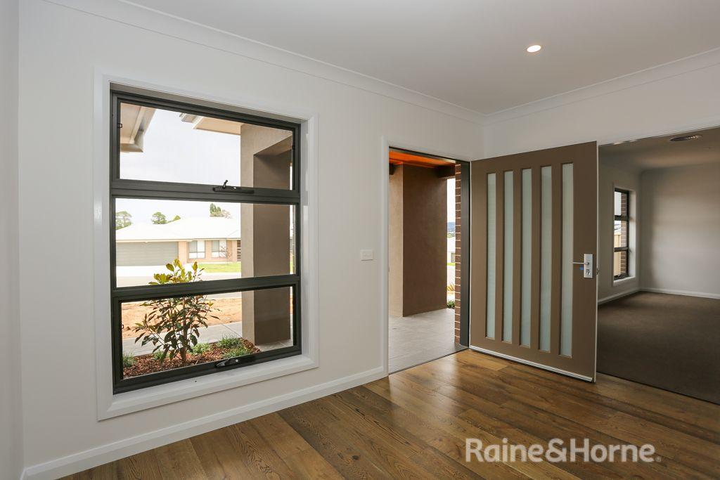 58 Graham Drive, Kelso NSW 2795, Image 1