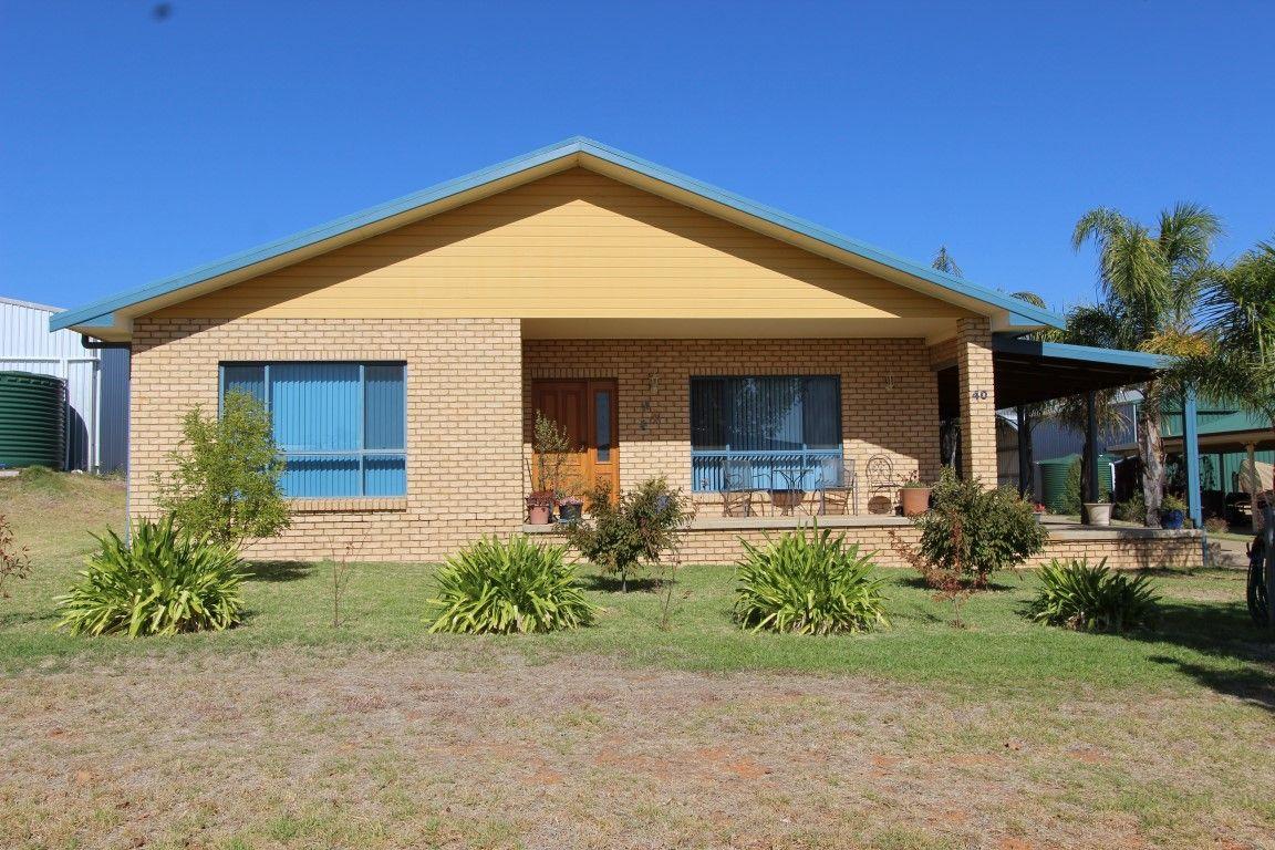 40 Tenefts Street, Temora NSW 2666, Image 1