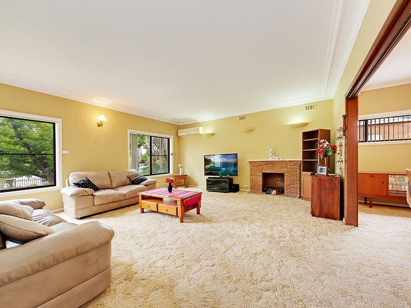 4 Kate Street, Turramurra NSW 2074, Image 2