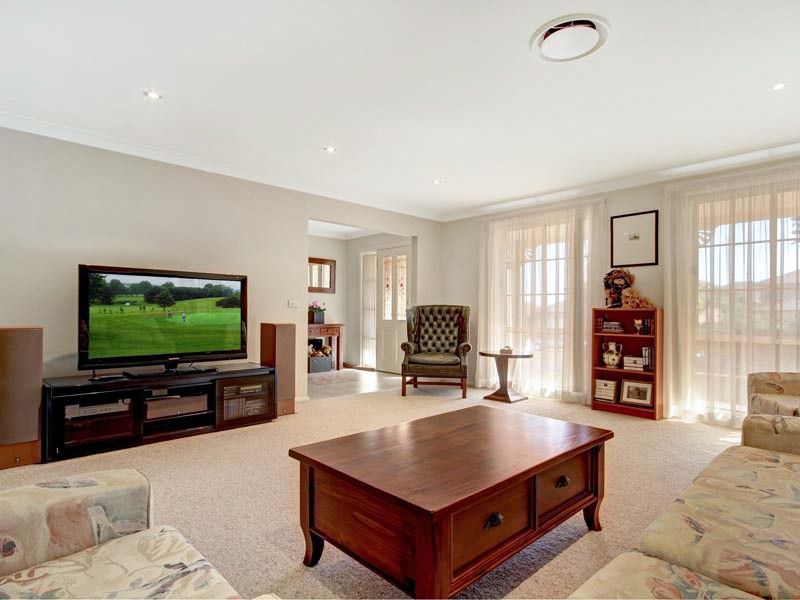 13 Kingdom Place, Kellyville NSW 2155, Image 2