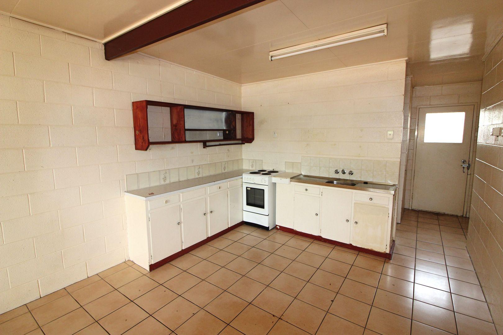 Unit 6 And Unit 4/21 Elizabeth St, Mount Isa QLD 4825, Image 0