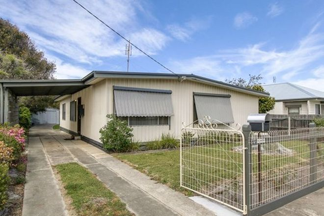 Picture of 22 Mourilyan Street, LAKES ENTRANCE VIC 3909