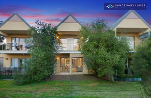 Picture of 39/1 Greg Norman Drive, Sanctuary Lakes VIC 3030