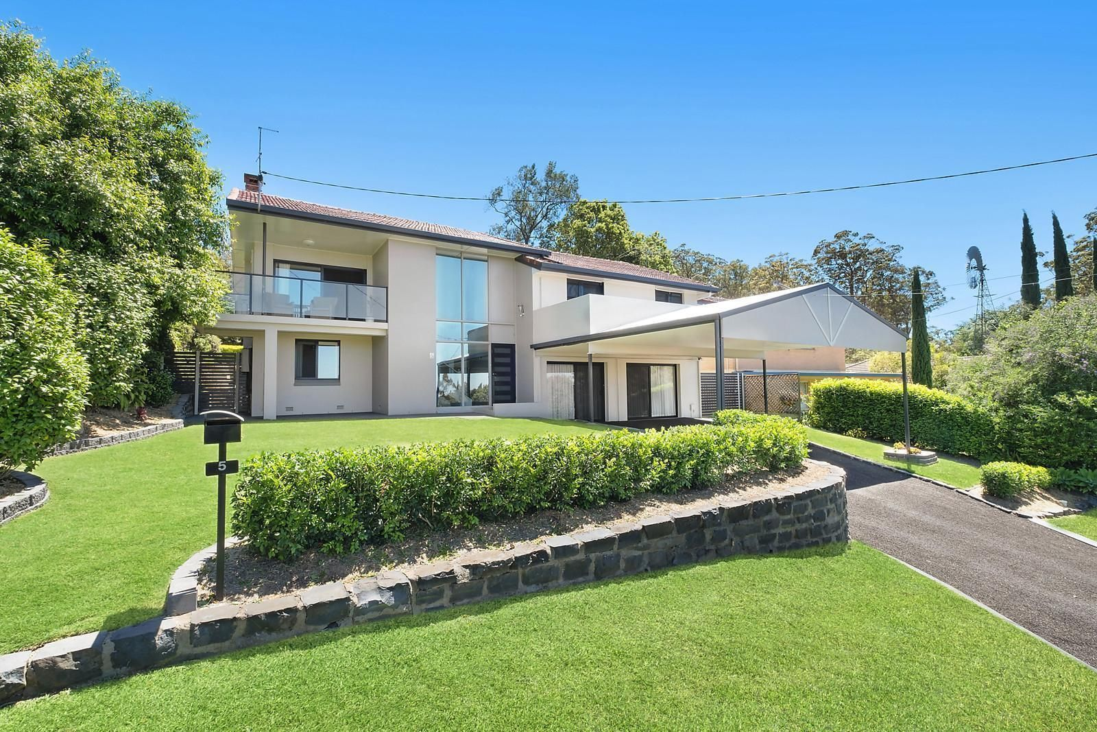 5 Owen Street, Mount Lofty QLD 4350, Image 0