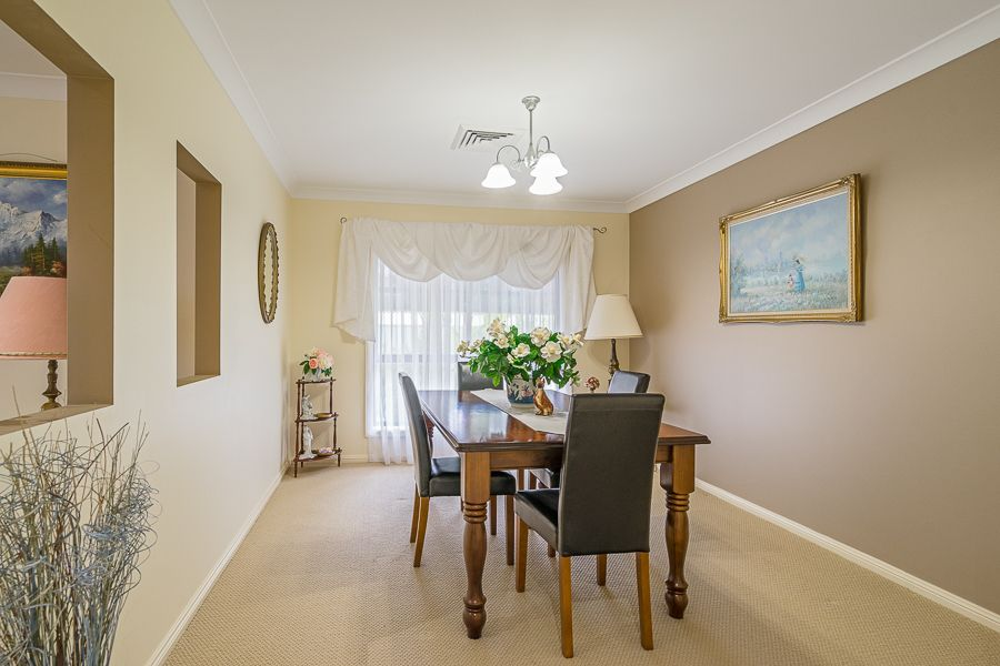 42 St Andrews Drive, Dubbo NSW 2830, Image 2