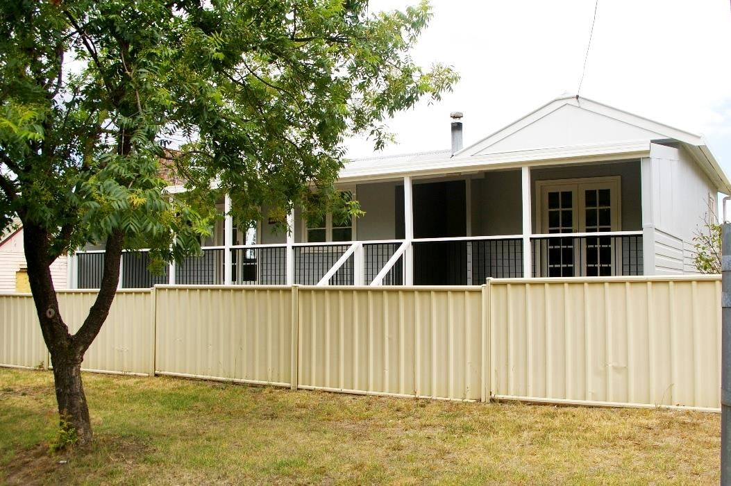 6 Rowan Avenue, Uralla NSW 2358, Image 0
