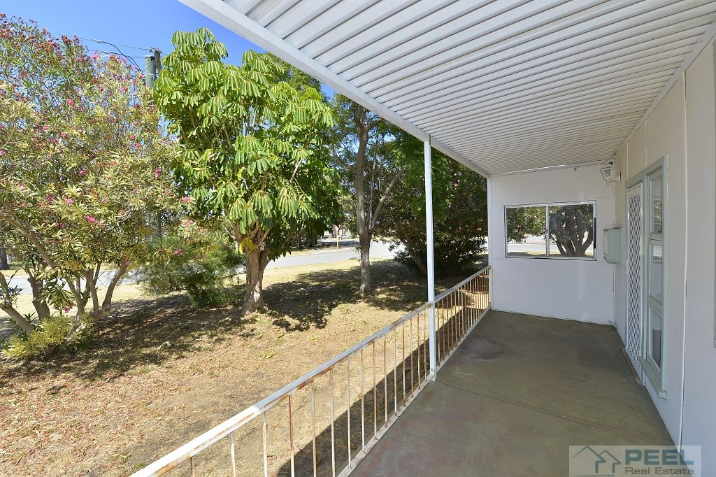 7 Dadger, Dudley Park WA 6210, Image 2