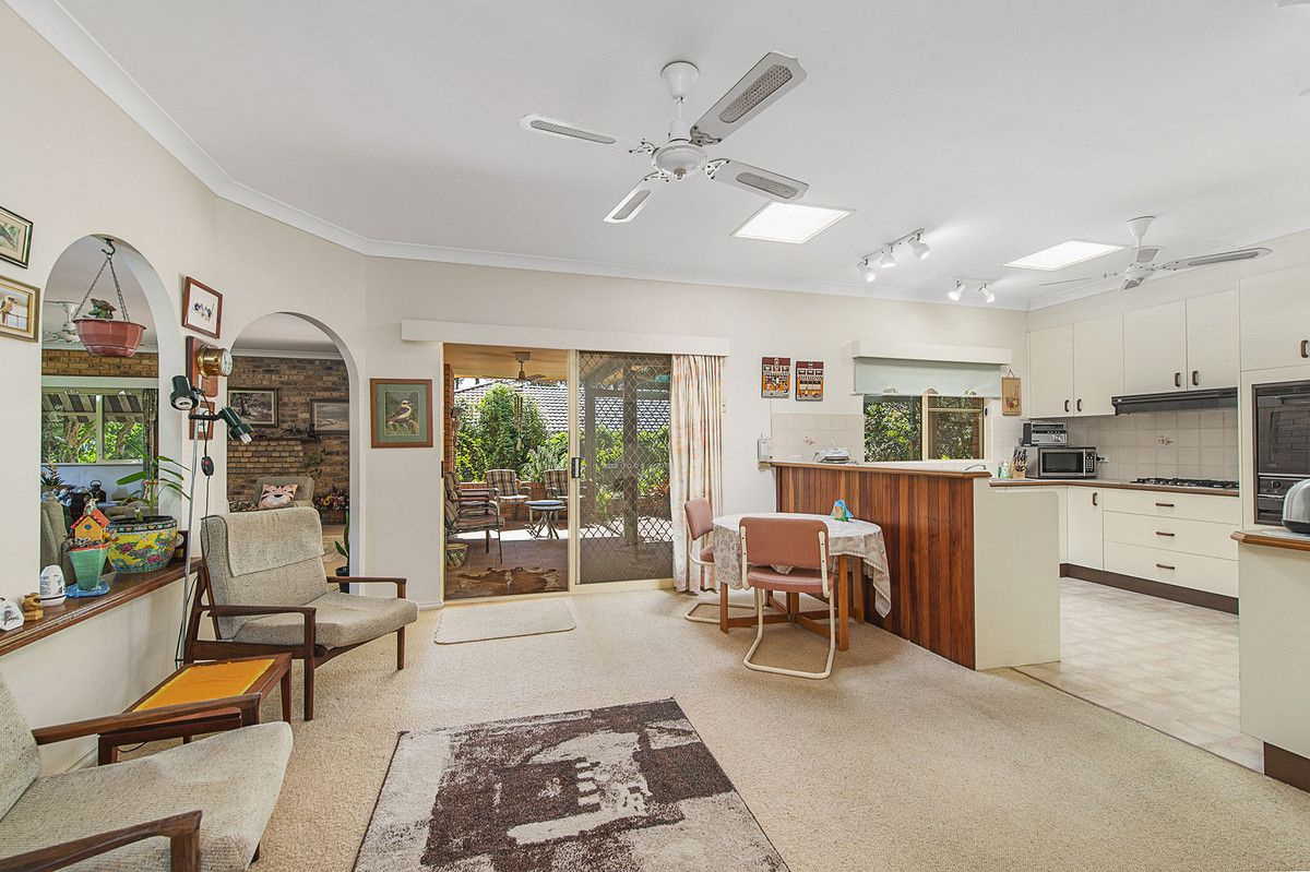 8 Lakeview Crescent, West Haven NSW 2443, Image 2