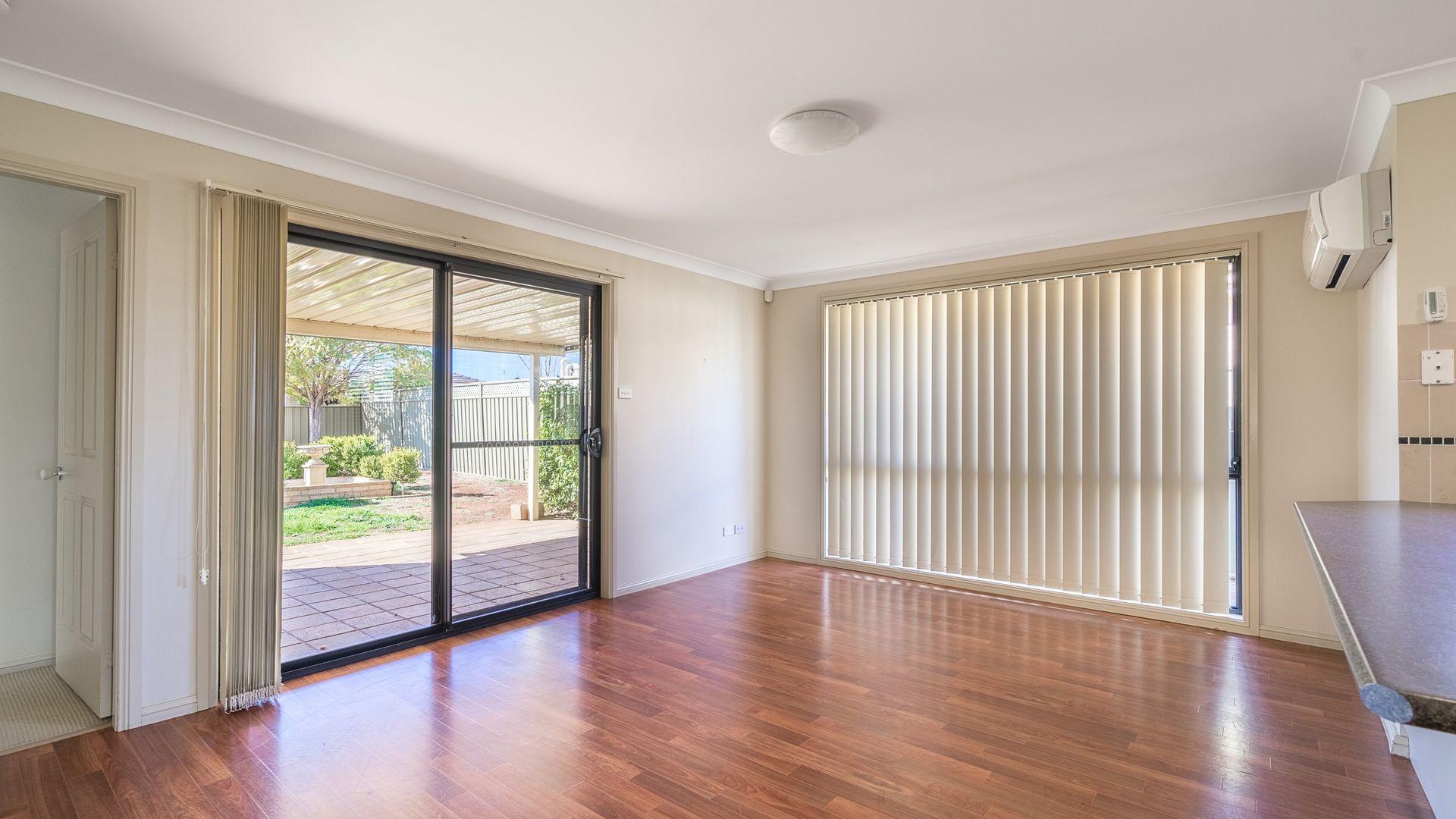 4B John Brass Place, Dubbo NSW 2830, Image 2