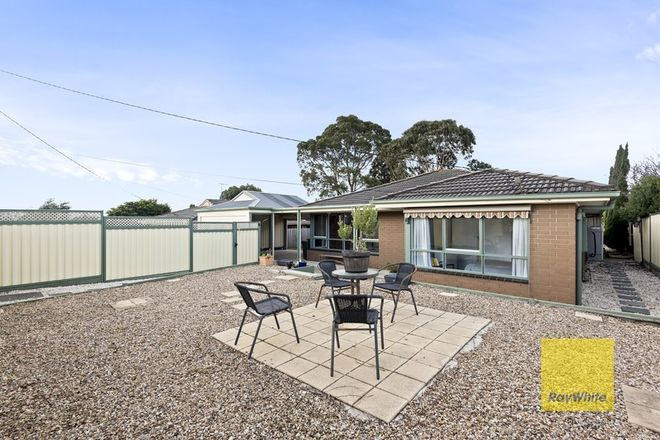 Picture of 3 Loris Close, GROVEDALE VIC 3216
