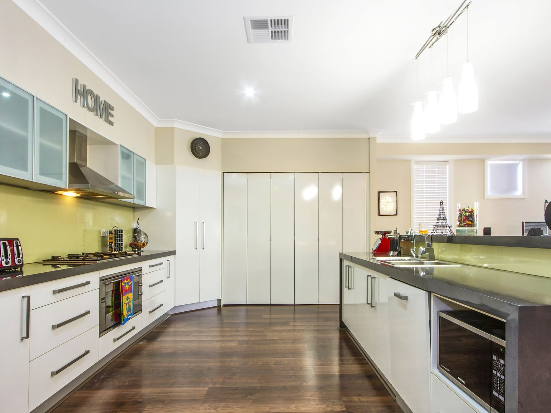 240 Johns Road, Wadalba NSW 2259, Image 2