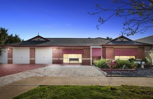 Picture of 21 Elphinstone Way, Caroline Springs VIC 3023