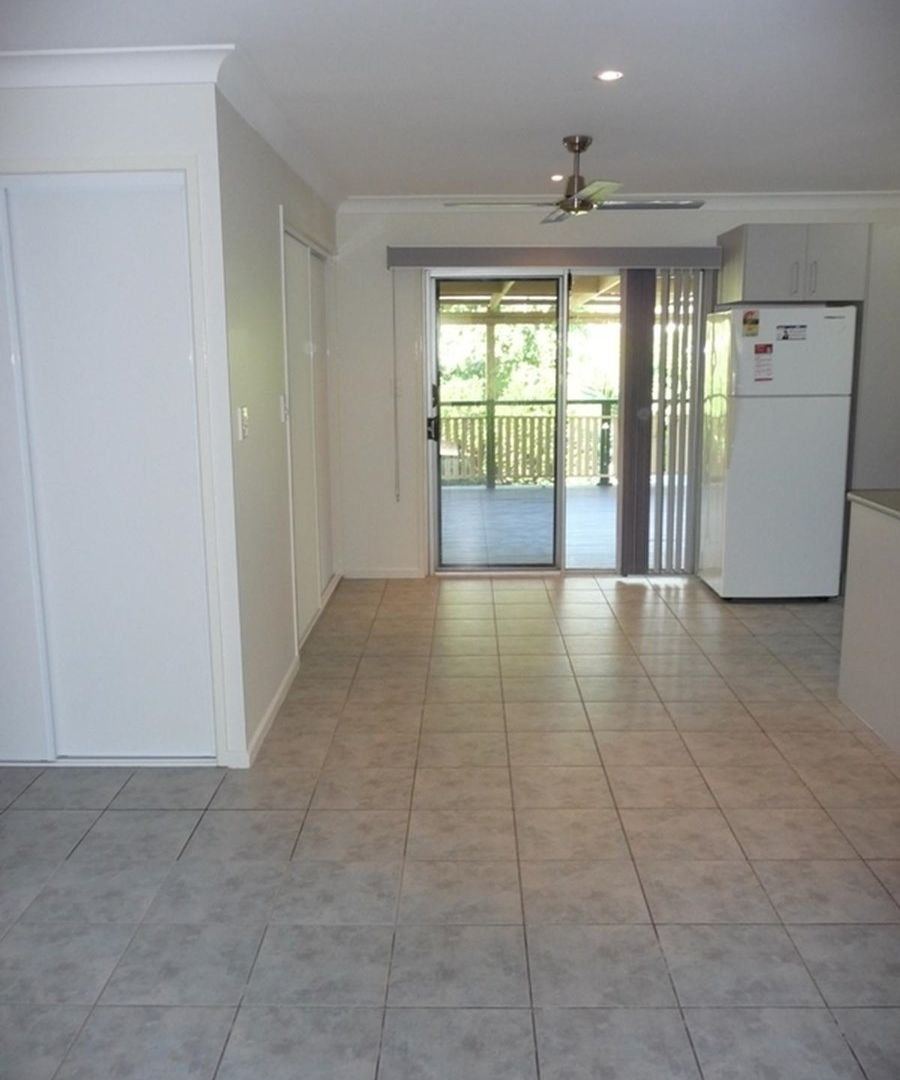 2 Irving Court, Collingwood Park QLD 4301, Image 2