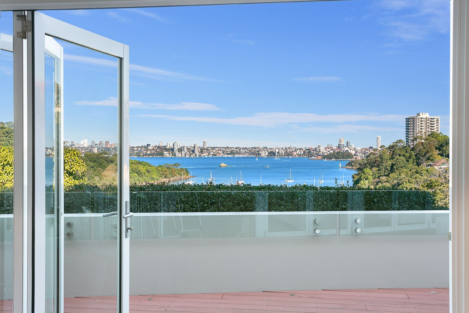3 bedrooms Apartment / Unit / Flat in 3/11 Clanalpine Street MOSMAN NSW, 2088