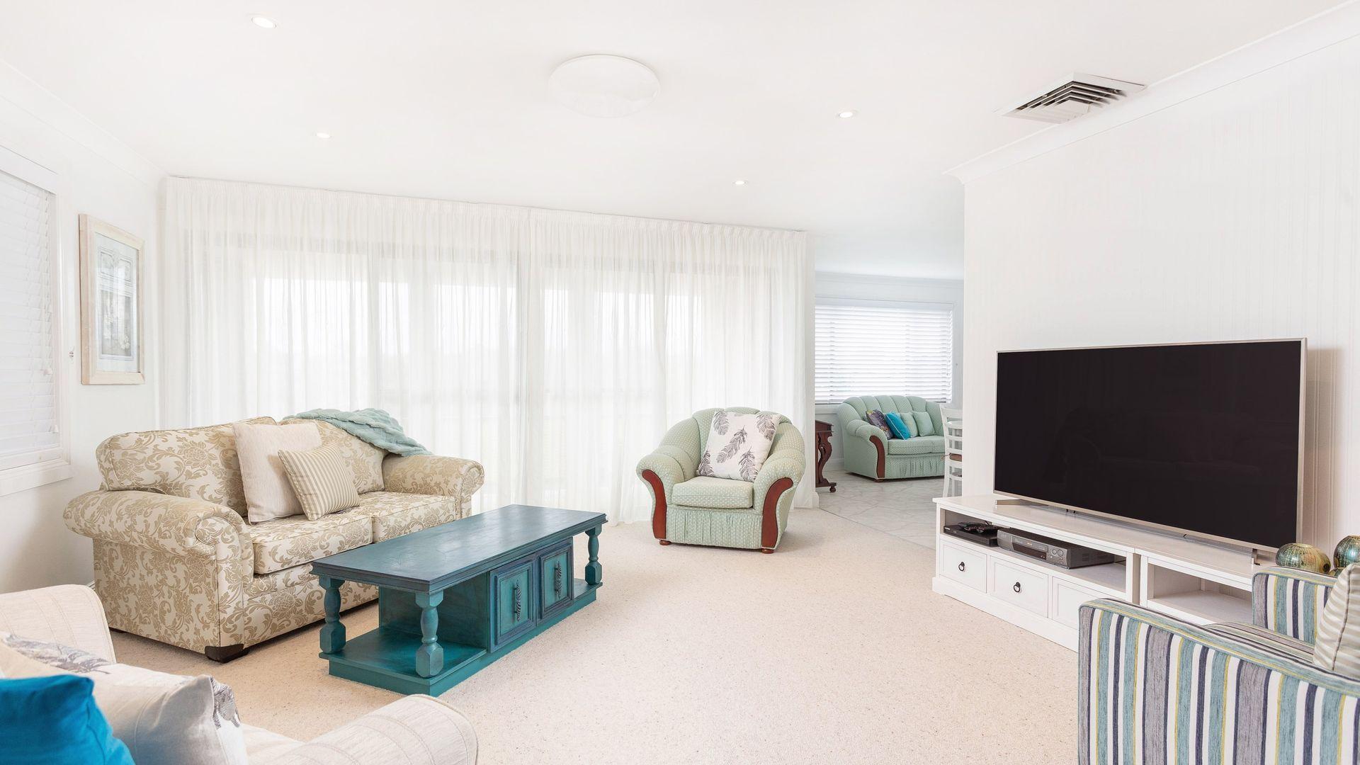 51 Ritchie Crescent, Taree NSW 2430, Image 2