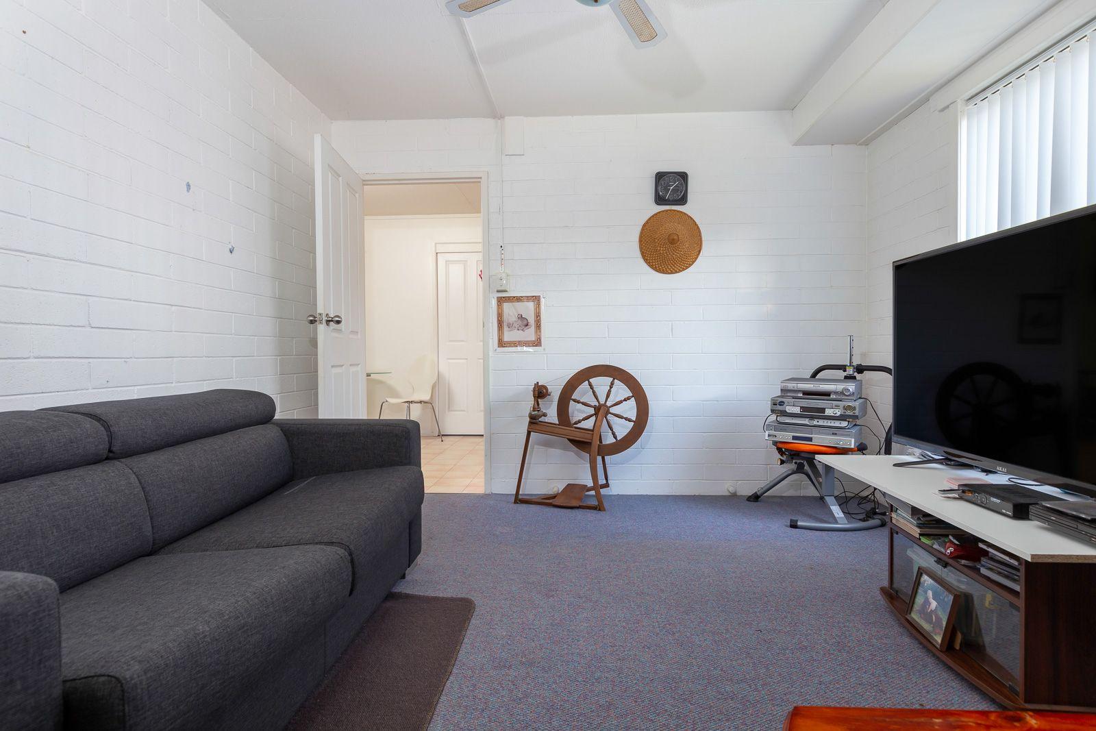 2/23 Catlin Avenue, Batemans Bay NSW 2536, Image 2