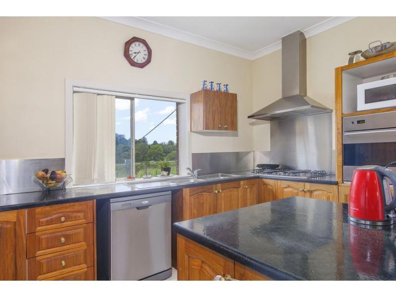 106 Foley  Road, Woombye QLD 4559, Image 2