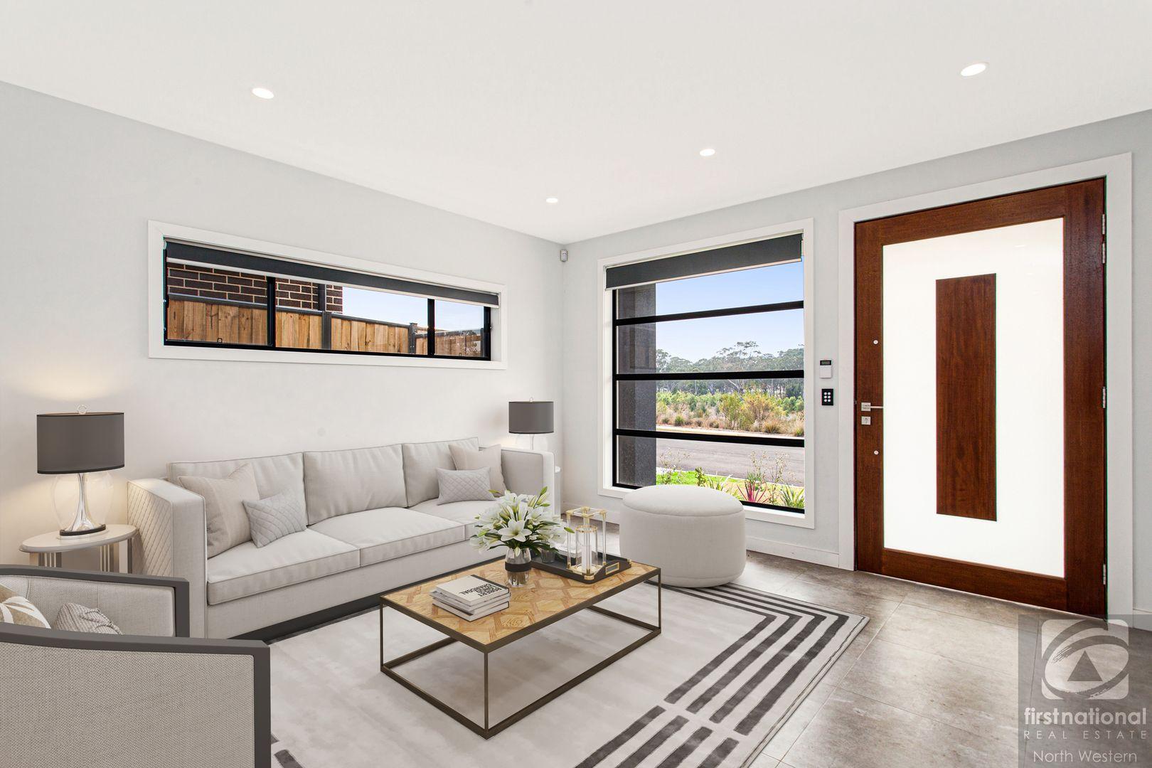 47 Longerenong Avenue, Box Hill NSW 2765, Image 2