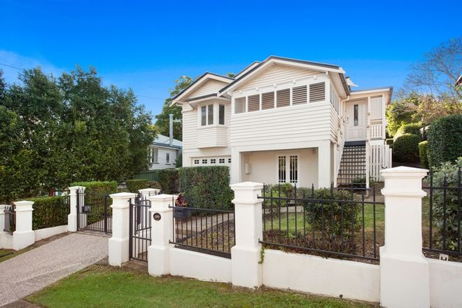 Picture of 100 Abbotsleigh Street, HOLLAND PARK QLD 4121