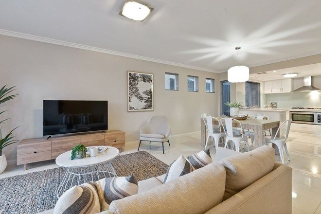 Picture of 231 Woodside Street, DOUBLEVIEW WA 6018