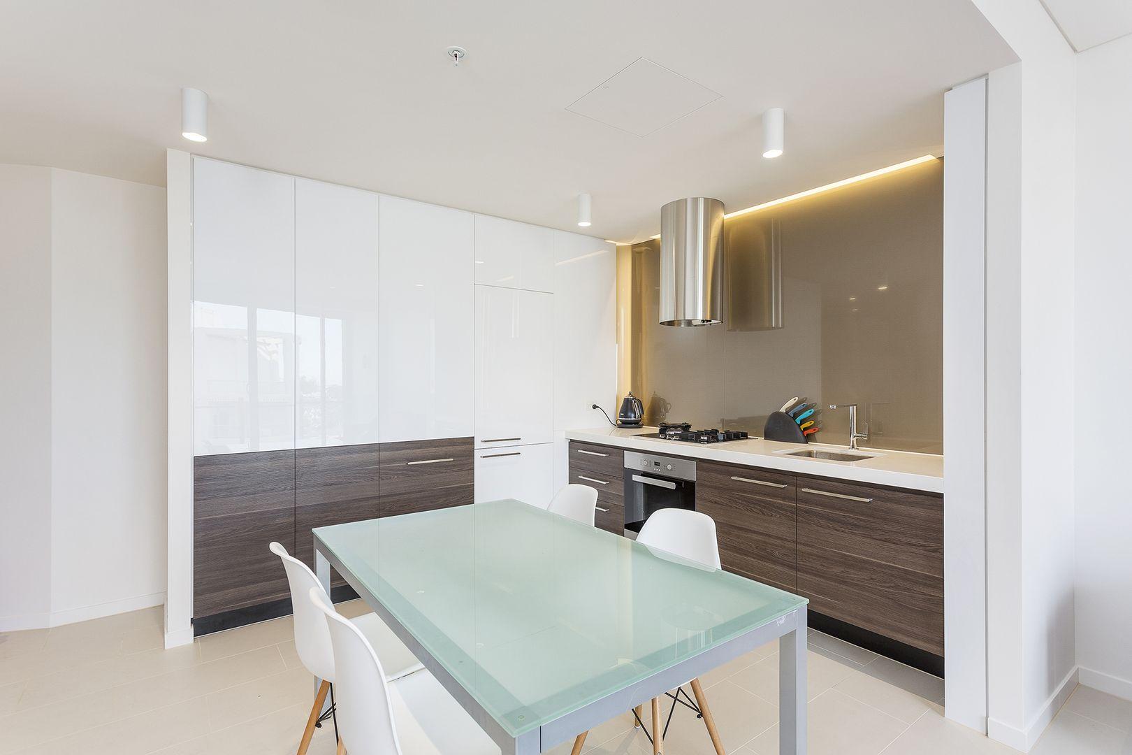 1207/588 Oxford Street, Bondi Junction NSW 2022, Image 2