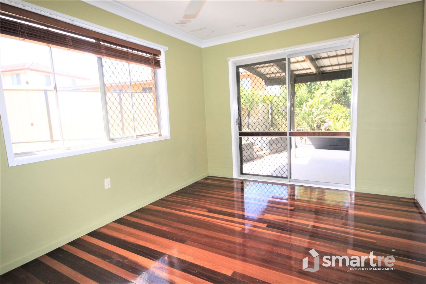 18 Knight Ave, Silkstone QLD 4304, Image 1