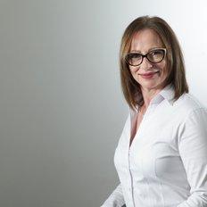 Stephanie Freudenstein, Sales representative
