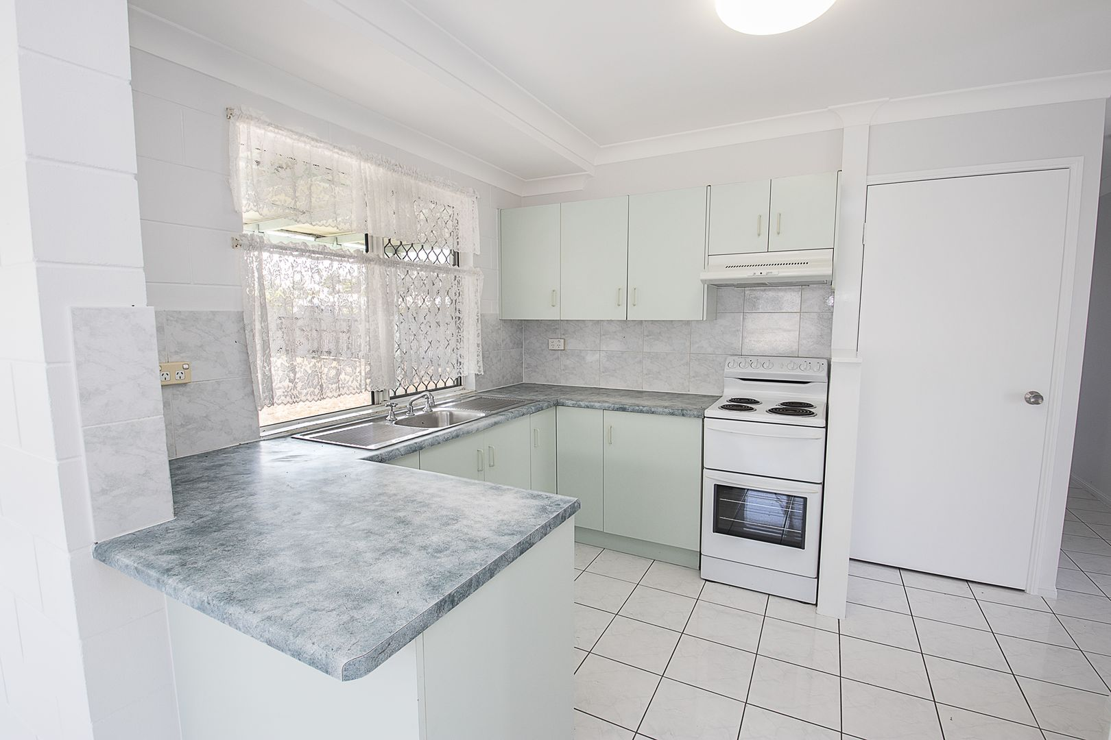 26 Gould Street, Thuringowa Central QLD 4817, Image 2
