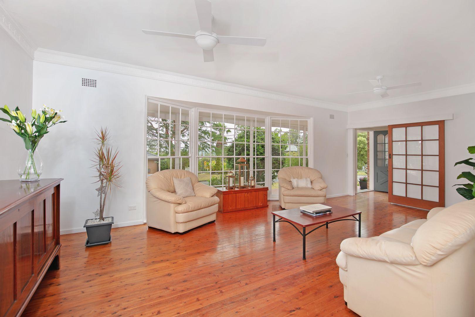 1 Banyeena Place, Belrose NSW 2085, Image 0